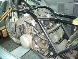 Kawasaki--H-1-R-ist-da-003.jpg (99504 Byte)