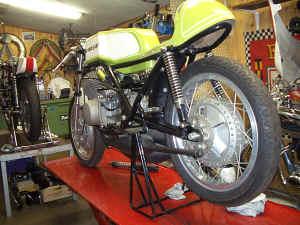 Kawasaki--H-1-R-ist-da-032.jpg (101381 Byte)