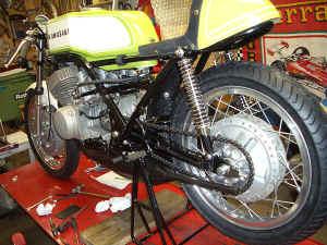 Kawasaki--H-1-R-ist-da-048.jpg (112654 Byte)