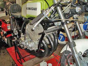 Kawasaki--H-1-R-ist-da-053.jpg (300616 Byte)