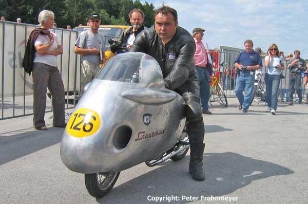 http://www.classic-motorrad.de/bendix/Salzburg2004/Hollaus/WolfgangSchneider.jpg