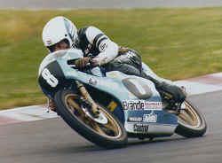 http://www.classic-motorrad.de/db/Braendle/Morbidelli-NuerbTT-79.jpg (21596 Byte)