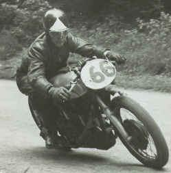 1957-erste-Solorennen.jpg (59579 Byte)