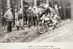 1-Enduro-1965.jpg (32672 Byte)