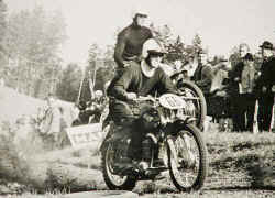 1-Moto-Cross-1966.jpg (60227 Byte)