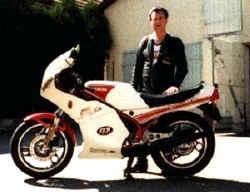 http://www.classic-motorrad.de/db/Eberhard-Jaster/garage2.jpg (21323 Byte)