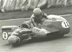 http://www.classic-motorrad.de/db/Ente/web/stiddien-mainka-79-38.jpg (31670 Byte)