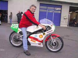 http://www.classic-motorrad.de/db/FJS/Bilder/oschersleben04-017.jpg (76833 Byte)