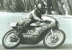 http://www.classic-motorrad.de/db/Frohnmeyer/frohnmeyer-drs-spanien-76.jpg (40545 Byte)