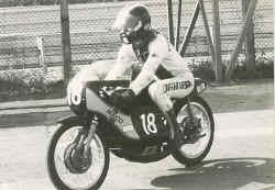 http://www.classic-motorrad.de/db/Frohnmeyer/maico-75.jpg (29366 Byte)