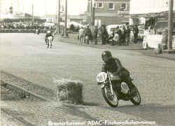 http://www.classic-motorrad.de/db/Frohnmeyer/maico-bremerhaven-71.jpg (28029 Byte)