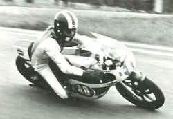 http://www.classic-motorrad.de/db/Frohnmeyer/yamaha-tz350-jicin.jpg (25057 Byte)