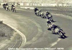 http://www.classic-motorrad.de/db/Gerstenmaier/Hockenheim-75-Manfred-Woll-.jpg (25787 Byte)