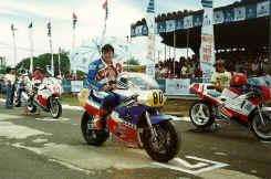 http://www.classic-motorrad.de/db/Harry-Heutmekers/scannen0024.jpg (159796 Byte)