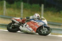 http://www.classic-motorrad.de/db/Harry-Heutmekers/scannen0032.jpg (100092 Byte)