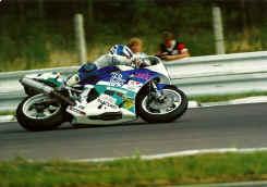 http://www.classic-motorrad.de/db/Harry-Heutmekers/scannen0042.jpg (104449 Byte)