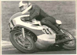 http://www.classic-motorrad.de/db/Hiller-R/R-Hiller-Hockh-72-web.jpg (32673 Byte)