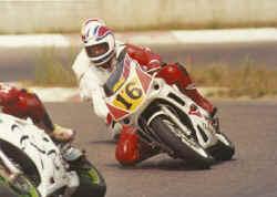 http://www.classic-motorrad.de/db/Hiller-R/R-Hiller-Moto-Aktiv-1991-we.jpg (25757 Byte)