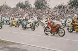 http://www.classic-motorrad.de/db/Hoffmann/Assen-81-Grant-T-Head-WH-Es.jpg (30095 Byte)