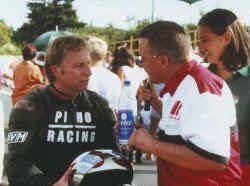 http://www.classic-motorrad.de/db/Hoffmann/Schleiz-1999-Sieg-Honda-RS2.jpg (22446 Byte)