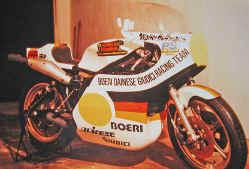 http://www.classic-motorrad.de/db/Hoffmann/Suzuki-RGB500-MK1.jpg (26298 Byte)