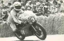 http://www.classic-motorrad.de/db/Hoffmann/yam-Tz250-Belgien77.jpg (27396 Byte)