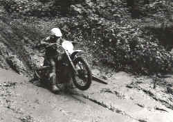 01.KTM175.1974.jpg (207365 Byte)