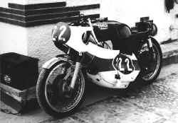 1970-alicante-schw-sturz.jpg (94758 Byte)