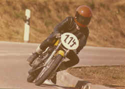 1974-Zotzenbach-Yamaha-AS3.jpg (46688 Byte)