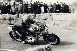 http://www.classic-motorrad.de/db/Scheibe/1974 NMB.jpg (47475 Byte)