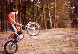 http://www.classic-motorrad.de/db/Scheibe/Trial 03.jpg (60297 Byte)