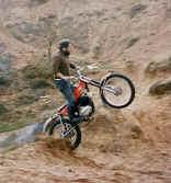 http://www.classic-motorrad.de/db/Scheibe/Trial 1976.jpg (58378 Byte)