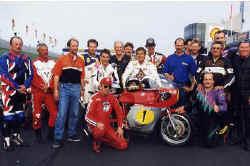 http://www.classic-motorrad.de/db/Scheibe/team1.jpg (35446 Byte)