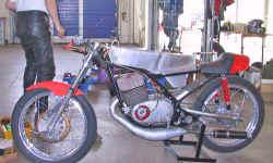 http://www.classic-motorrad.de/db/Schobloch/maico-jochen-schobloch.jpg (27433 Byte)