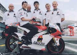 2008-team-bradl.jpg (134469 Byte)