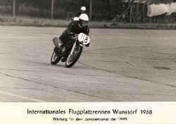 1968-wunsdorf-flugplatz-1.jpg (47038 Byte)