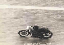 1967-dickmann-avus.jpg (73229 Byte)