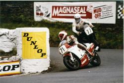 21-TT-F1-RD500-1986_small.jpg