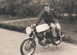 1964-lahfeld-erste-motorrad.jpg (97540 Byte)