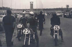 1970-22lahfeld-51zettel-26-.jpg (89408 Byte)