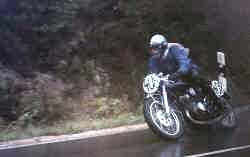 http://www.classic-motorrad.de/db/niemann/1971-niemann-kraehberg-yr3.jpg (111450 Byte)