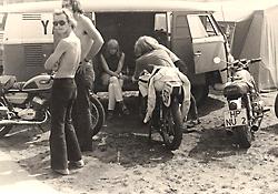 1972-niemann-burgunde-td2.jpg (118528 Byte)
