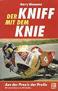 1996-der-kniff-mit-dem-knie.jpg (220109 Byte)