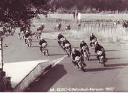 1967-nring.jpg (195472 Byte)