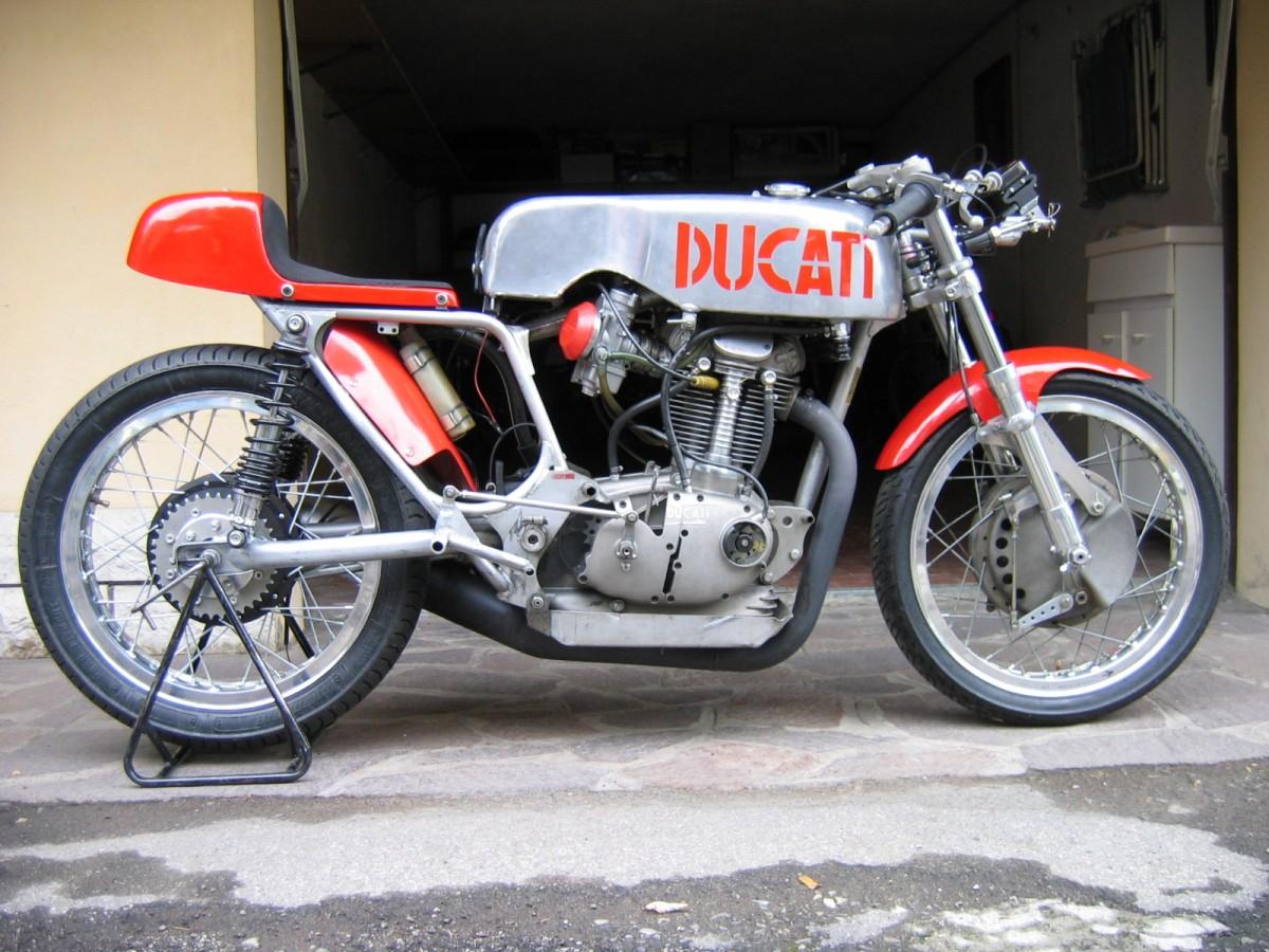 Ducati Desmo 500
