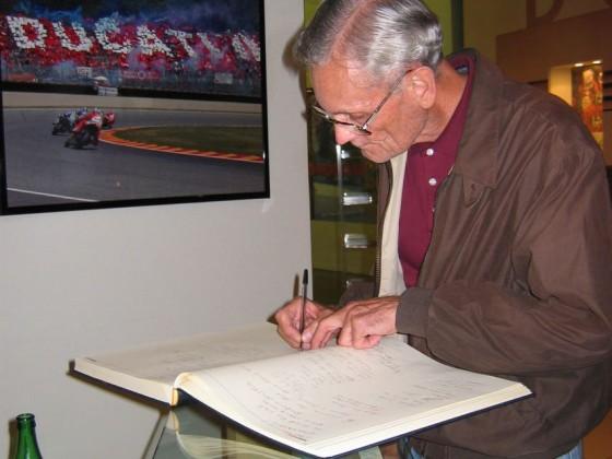 2006 - Nobby Clark im Ducati-Museum