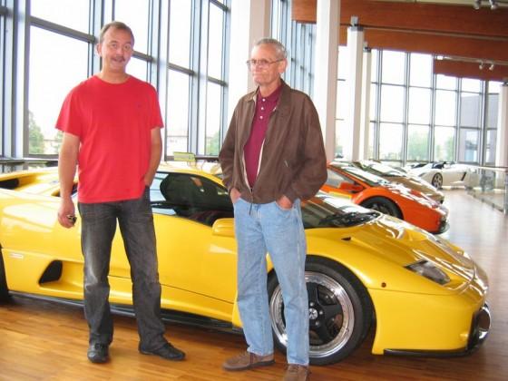 Dr. Stephan Elisat + Nobby Clark im Lamborghini-Museum
