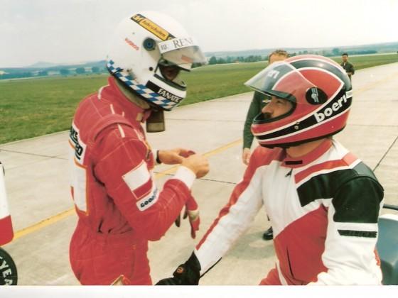 Flugplatzrennen Mendig einmal anders...Beschleunigungsvergleich mit Formel 1 Zakspeed und Christian Danner, 2 Motorrädern und einem Hubschrauber...den ich tatsächlich gewinnen konnte...Auf modifizierter Honda CBR 1000F in 1987.