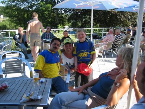Spa 2007 Carlos Lavado mit Fans aus Mendig.....