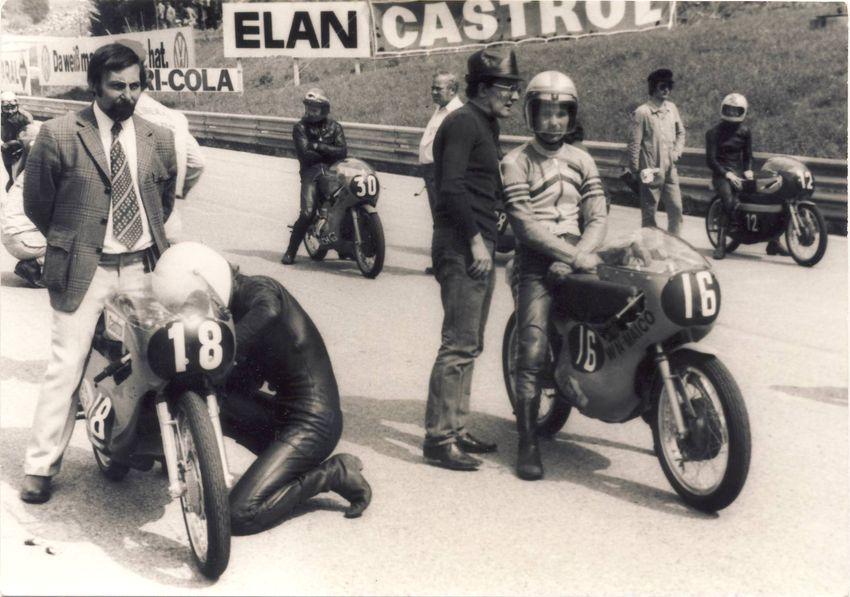 1972, Startaufstellung zum GP in Salzburg, Walter Nieser + Rolf Minhoff